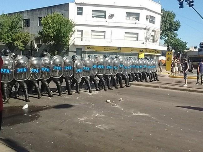 Policía Federal repr...