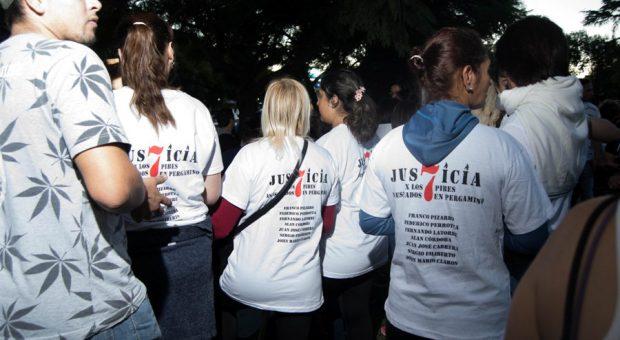 """""""Justicia por los 7""""..."""