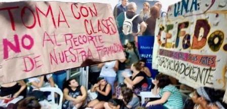 Estudiantes del UNA ...
