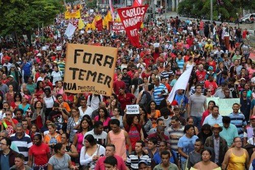 Huelga en Brasil: Pi...