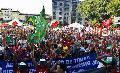 La derecha neoliberal viene por los derechos de los trabajadores latinoamericanos