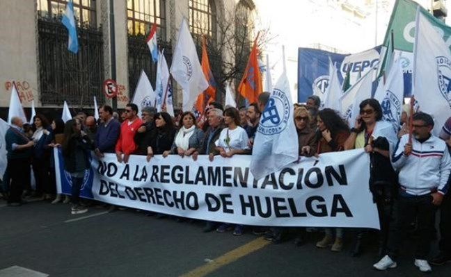 Córdoba: Legisladore...