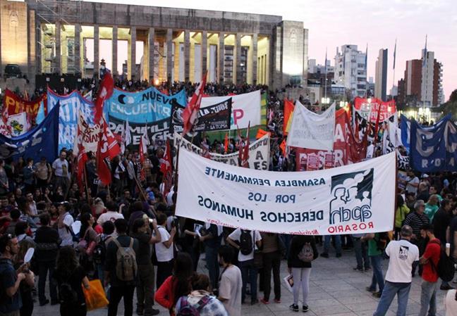 Multitudinaria march...