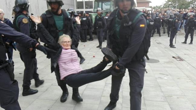 Rajoy rompe España ...