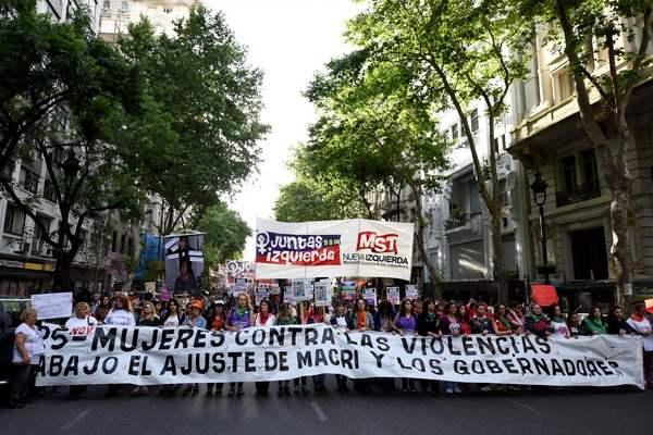 Contra la violencia ...