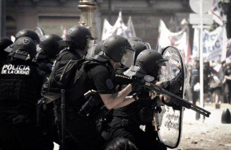 Represión, causas pe...