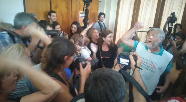 CNU La Plata: perpet...