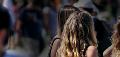 42% evalúa como más distinguido el pelo rubio y 70,6% no considera atractivos a mapuches