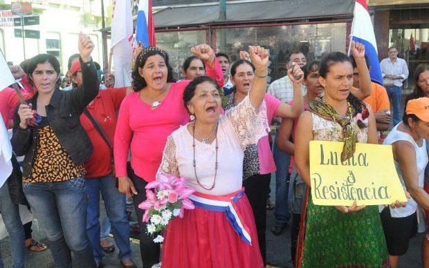 Paraguay: Precarieda...
