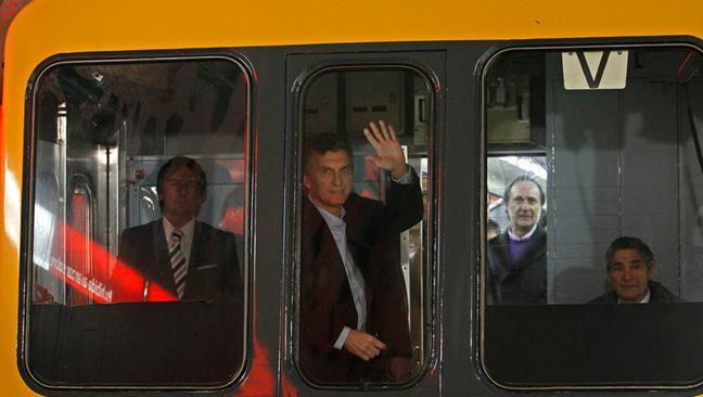 Metro de Madrid admi...