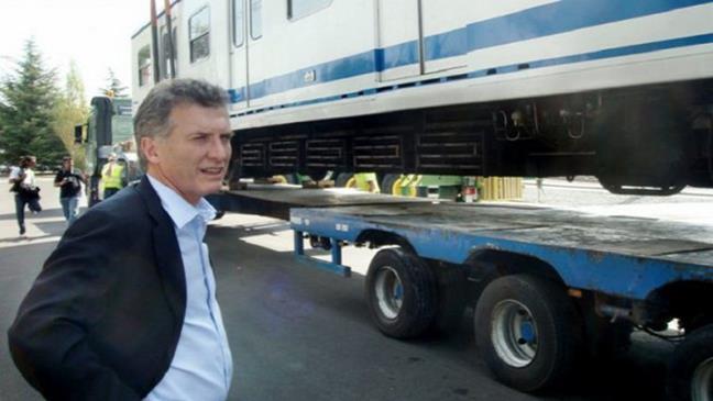 2011 - Macri junto ...
