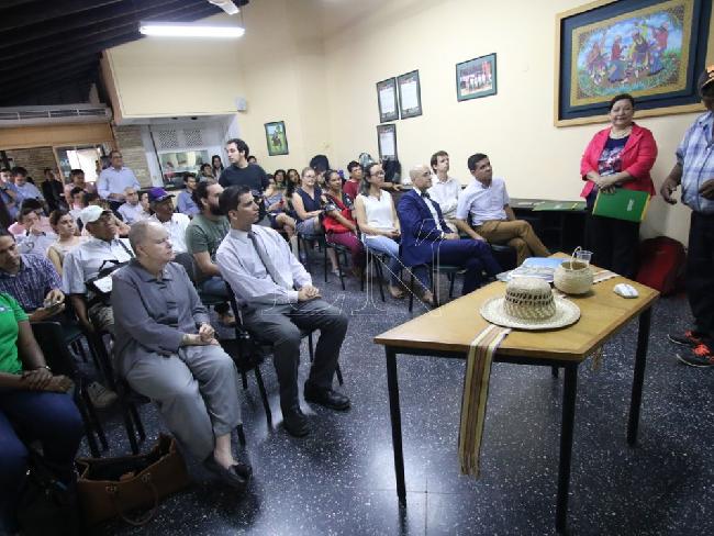 Paraguay: La aplicac...