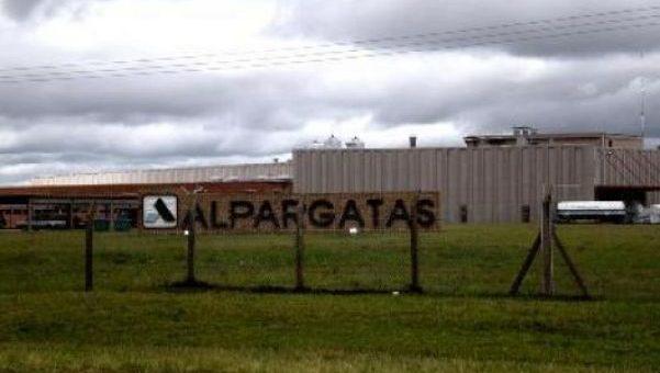 Alpargatas suspende ...