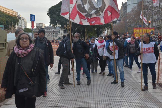 El sindicalismo comb...